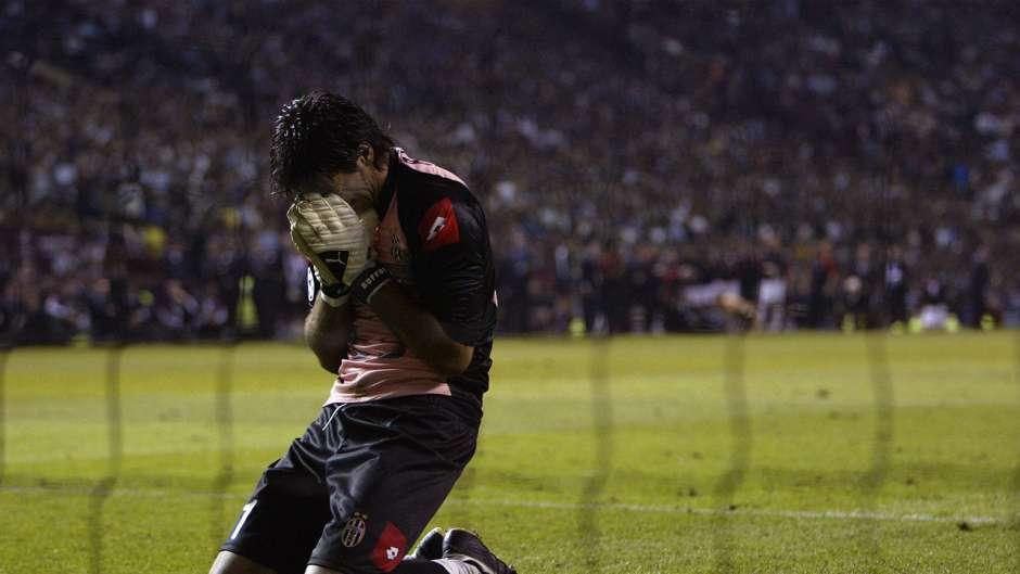 Buffon vient de perdre sa 1ère finale de Ligue des Champions - Photo : Goal.com