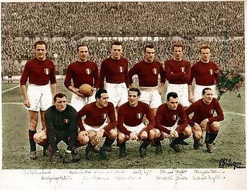 L'équipe du Grande Torino, quintuple championne d'Italie - photo : Wikipedia