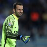 EMPOLI, ITALY - SEPTEMBER 21: Samir Handanovic of FC Internazionale reacts during the Serie A match between Empoli FC and FC Internazionale at Stadio Carlo Castellani on September 21, 2016 in Empoli, Italy.  (Photo by Gabriele Maltinti/Getty Images)