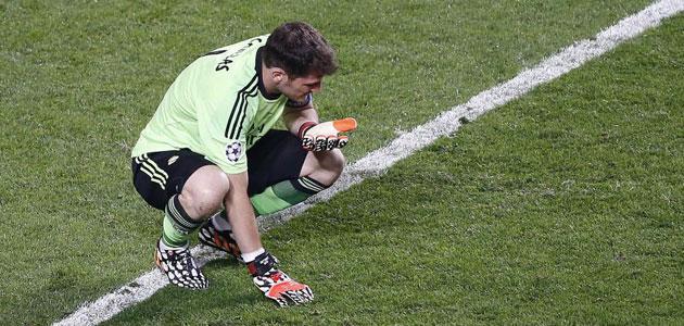 Casillas après son erreur lors de la Decima 2014, au centre de toutes les attentions. (Crédit : Marca)