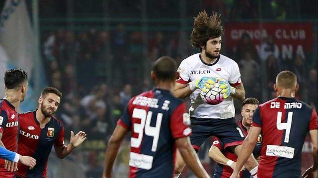 euro-2016.le-gardien-de-genoa-mattia-perin-forfait