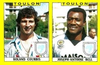 Rolland Courbis & Joseph-Antoine Bell, coach et gardien du Sporting Toulon lors de la saison 1988-89 - photo : paninifootnostalgie