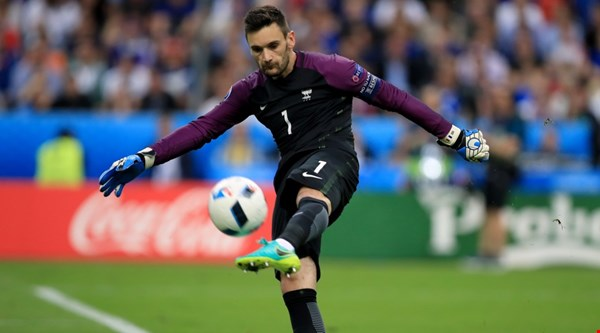 Hugo Lloris, de longs bras et une morphologie parfaitement adaptée au poste de gardien - photo : Goal-Foot