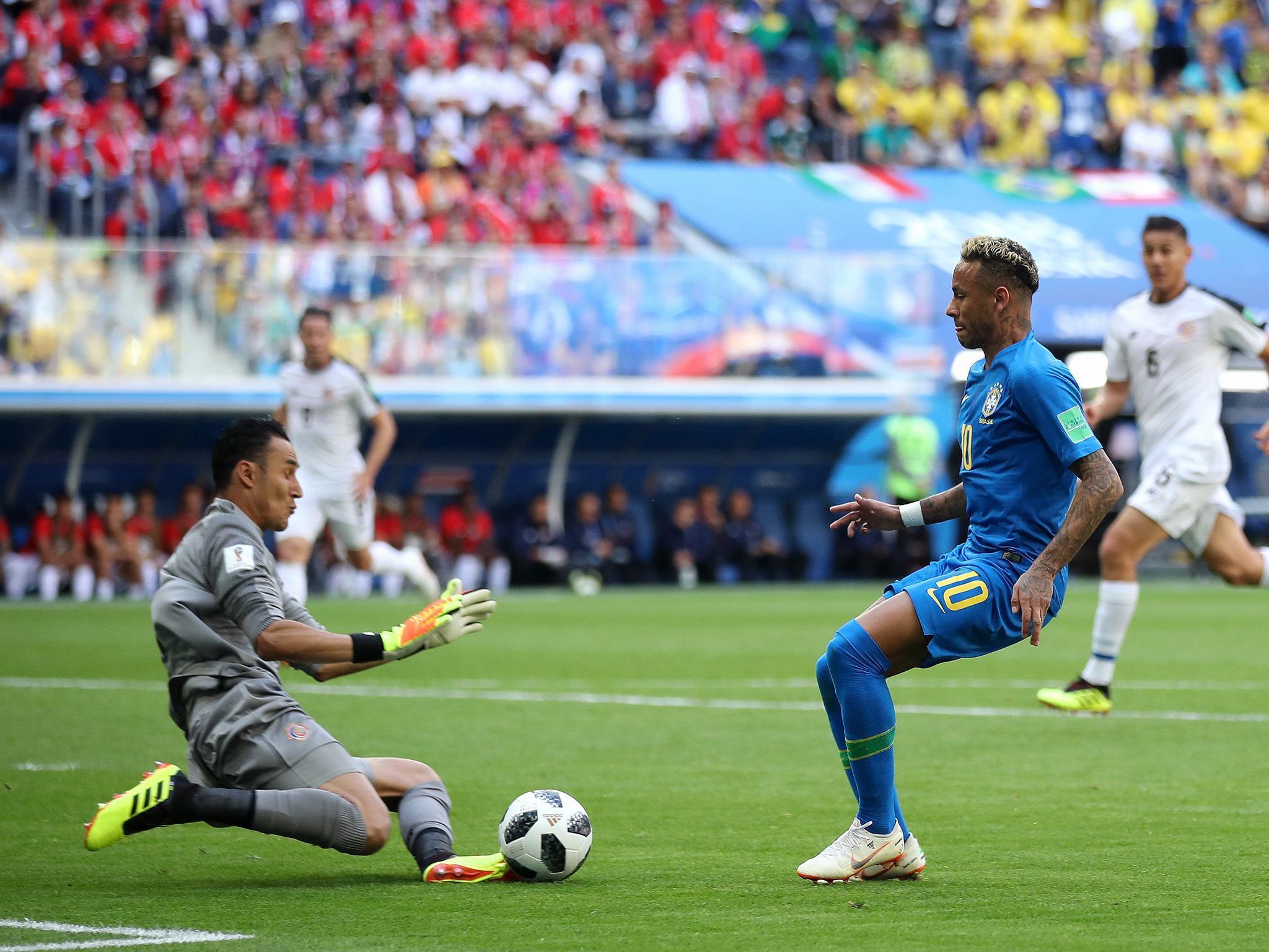 Navas s'interpose face à Neymar lors du match contre le Brésil (Crédit : Fifa)