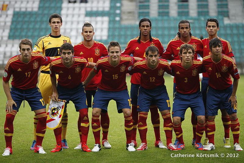 Kepa avec Jese Rodriguez (10), Suso (en haut à droite), Deulofeu (17) ou encore Saul Niguez (15) - photo : Wikipédia