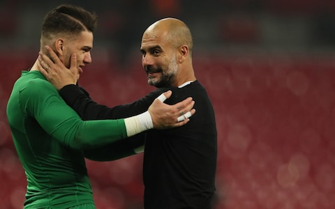 Ederson et Guardiola (Source : The Telegraph)