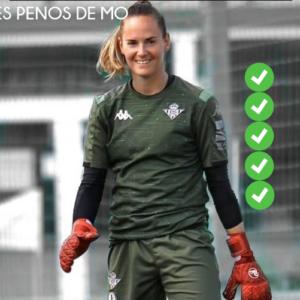 Méline Gérard Real Madrid Gardienne Main Opposée Football Féminin