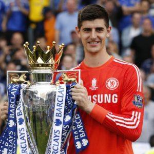 Thibaut Courtois vainqueur de la Premier League en 2015 (crédit : Eurosport)